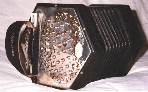 http://www.concertina.info/tina.faq/images/anglo.jpg
