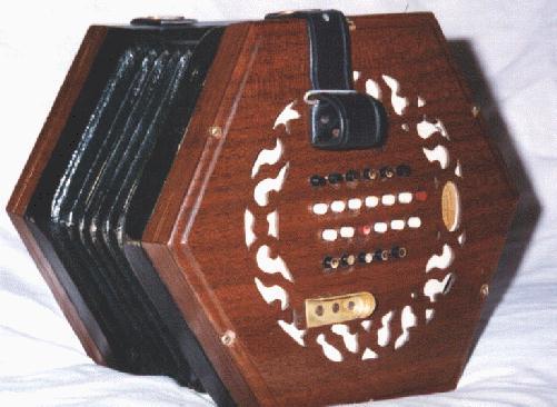 http://www.concertina.info/tina.faq/images/bari.jpg